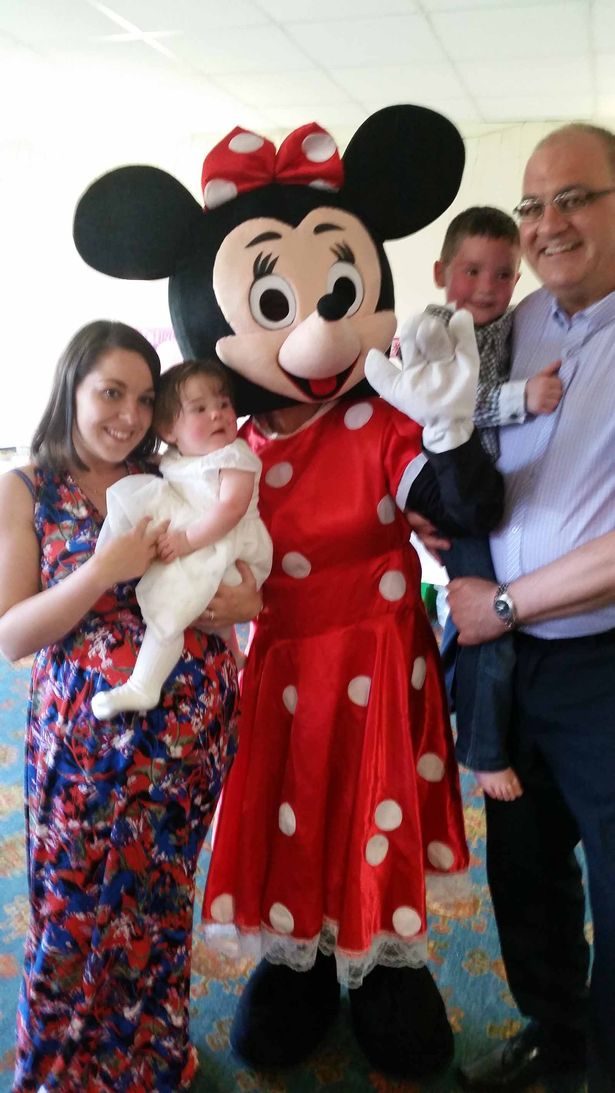 Robert Dunn with daughter Lynsey and her two children