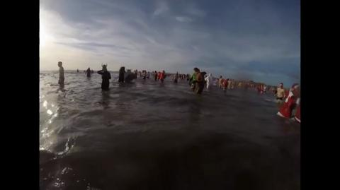 Enjoy the thrills and chills of the Porthcawl Xmas swim