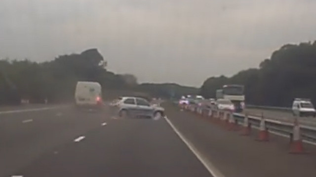 near-miss-on-the-way-to-porthcawl-this-morning-watch-the-silver-fiesta-on-suicide-mission-mp4-00_00_05_11-still002