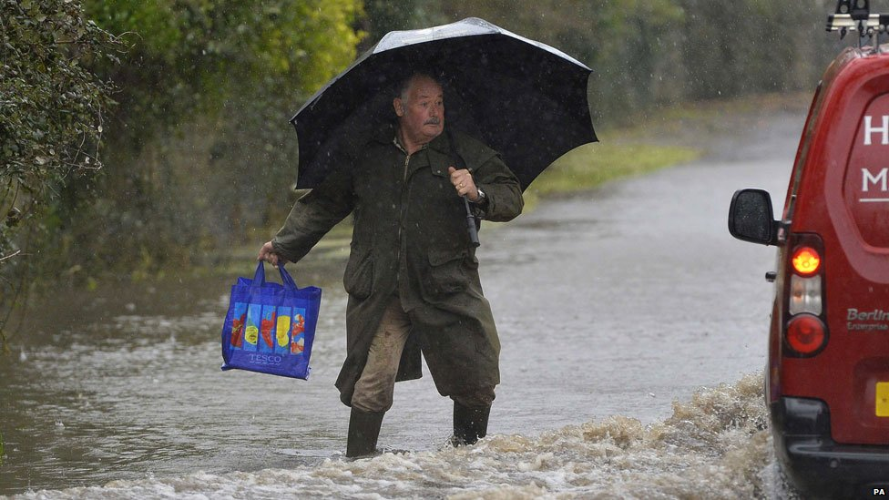 Resident of Thorney, Somerset in the floods