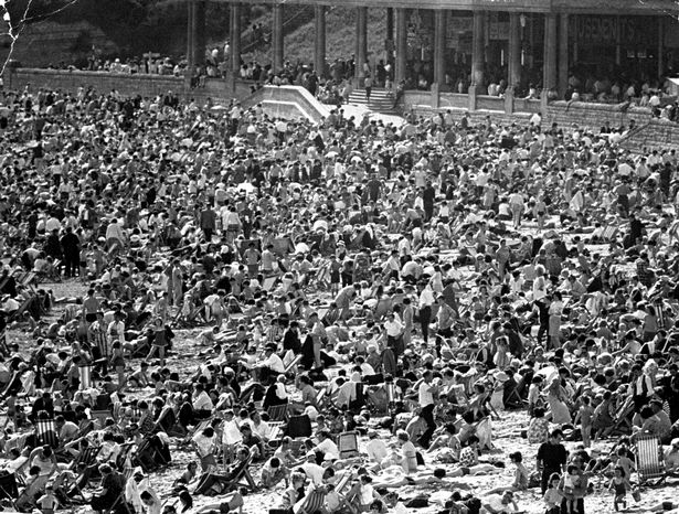 Barry Island - Standing Room Only, 17th May 1964